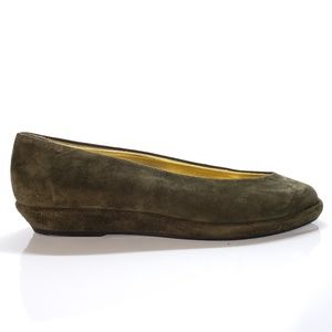 Joan & David Olive Suede Flats Size 7.5 M